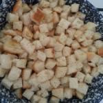 Dióolajos kenyérkockák