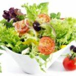 Miért hidegen sajtolt olajat önts a salátára öntet helyett?